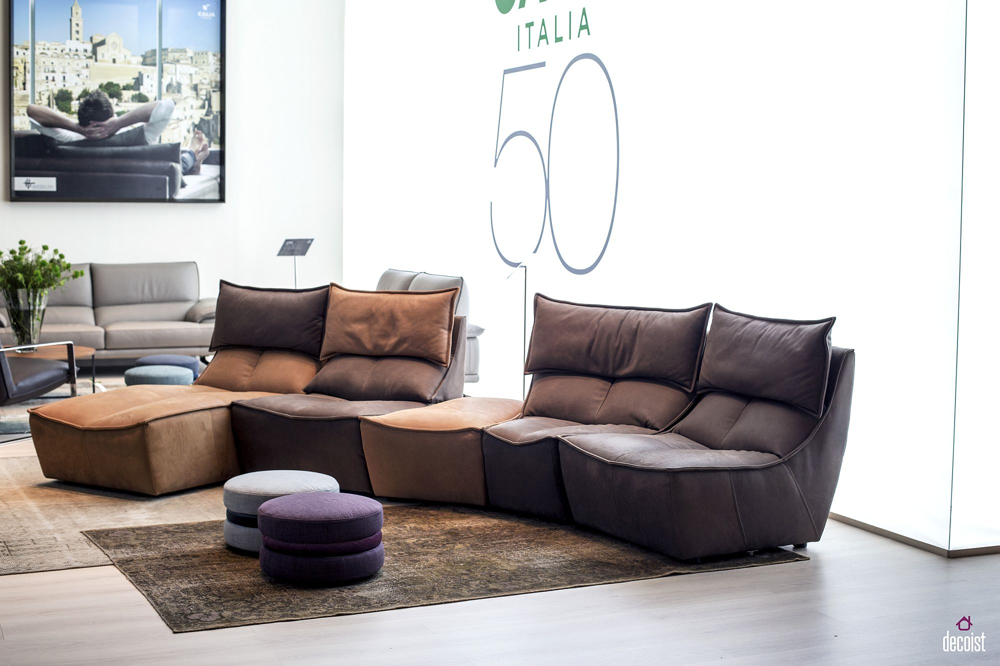 Modular-sofa-units-from-Calia-Italia-add-color-contrast-and-design-comfort