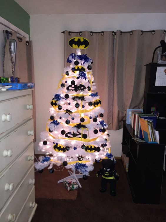 27-white-Batman-Christmas-tree-with-yellow-and-black-decor